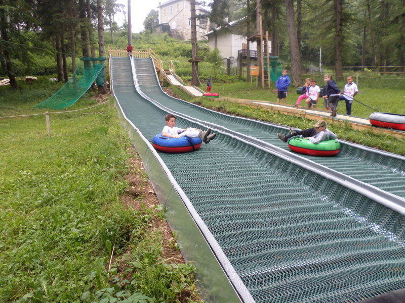 http://www.parcoavventuraresinelli.it/wp-content/uploads/tubing-e1481549185883.jpg